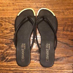 Dolce Vita leather flip flops